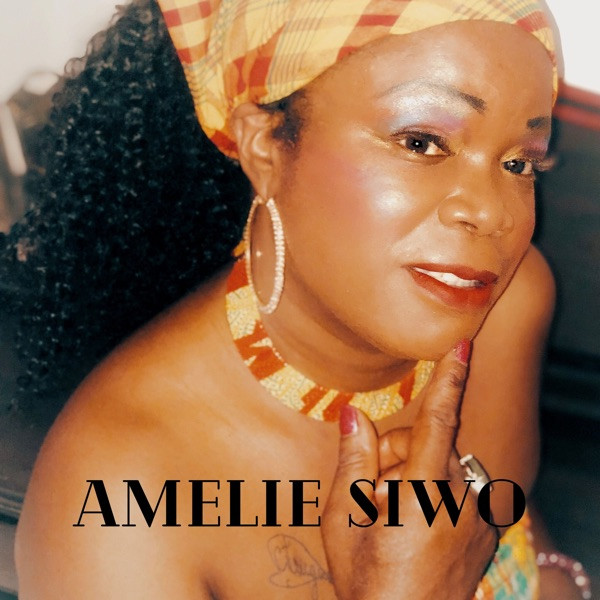 AMELIE SIWO - LA FAMILLE